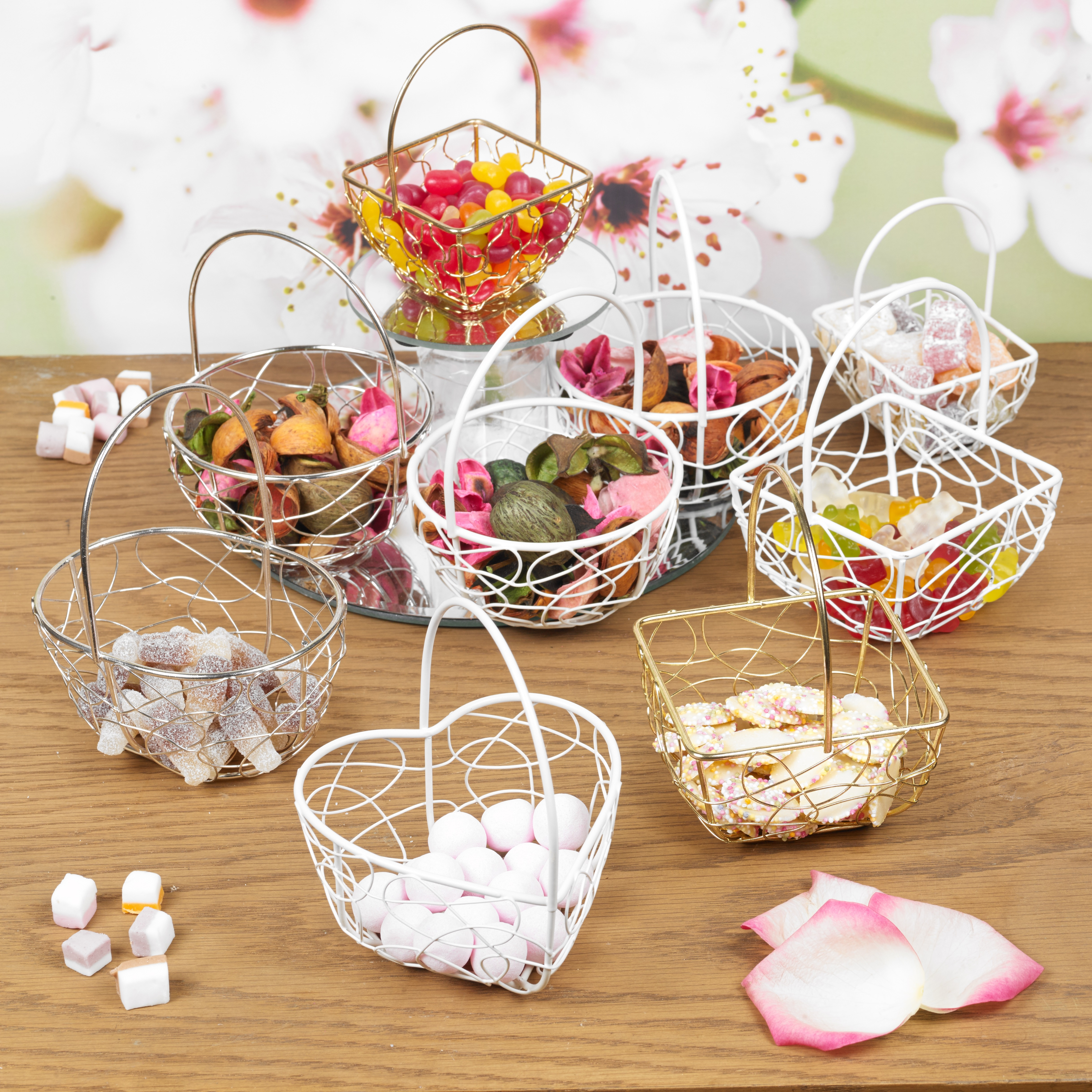 ... Wire Metal Mesh Wedding Table Fancy Decor Bridesmaid Small Baskets
